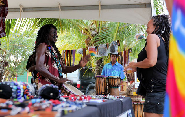 drumming-and-dancing-at-placencia-640