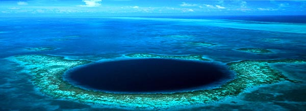 Belize Blue Hole wide angle view