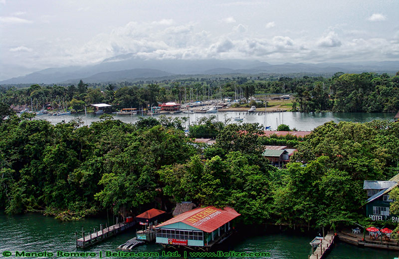 Rio Dulce Izabal in Guatemala