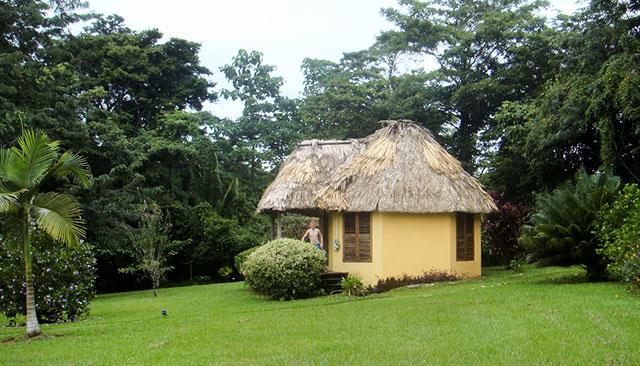 belizean-cabana-toledo-640